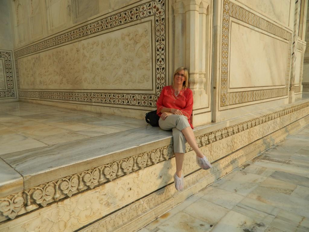 Deirdré at the Taj Mahal, photo copyright Brendan Gregg