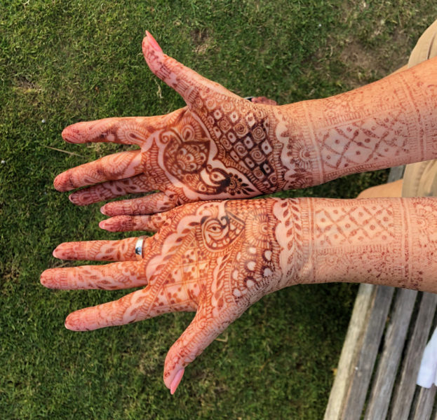 mehndi on hands after 7 days